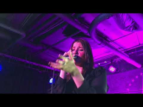 I Believe In Us | LÉON (Live)