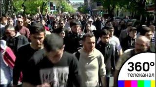 В Армении весь день не стихают массовые беспорядки против Сержа Саргсяна - СМИ2