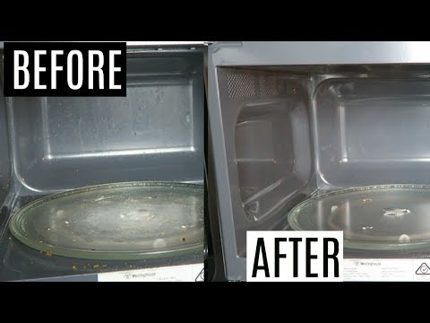 HOW TO CLEAN A MICROWAVE WITH VINEGAR (QUICK AND EASY)