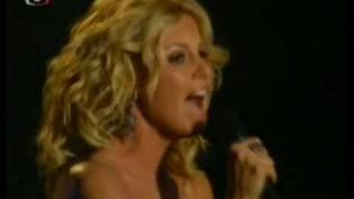 Faith Hill   Paris (Live @ Fashion Rocks)