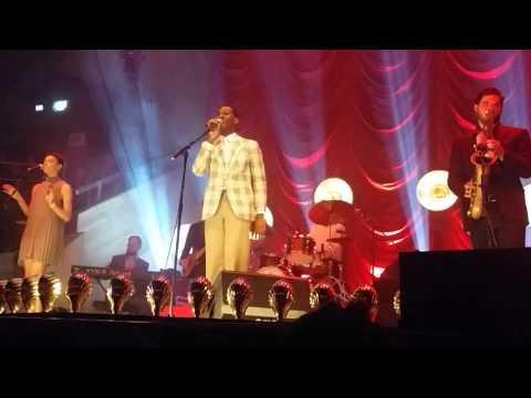 Leon Bridges - Lisa Sawyer - Albert Hall, Manchester - Wednesday 23rd September 2015
