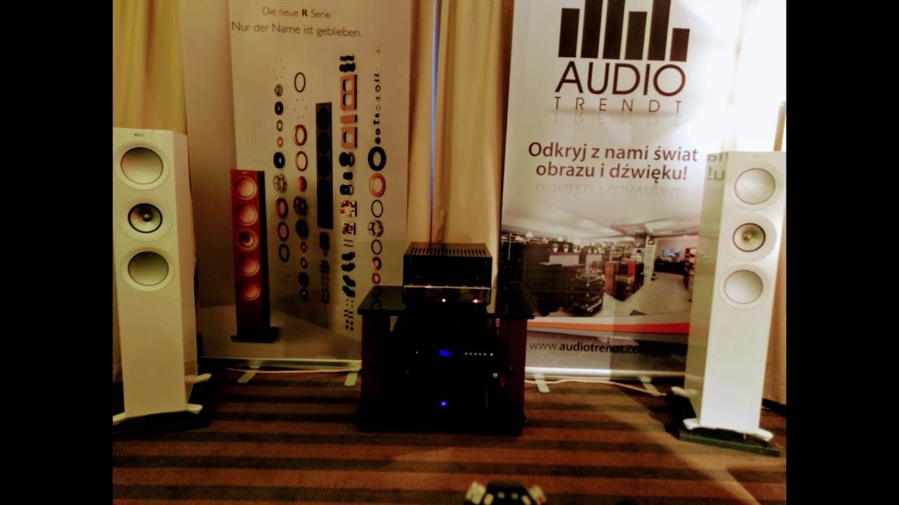 Audio Video Show 2018 - KEF R7