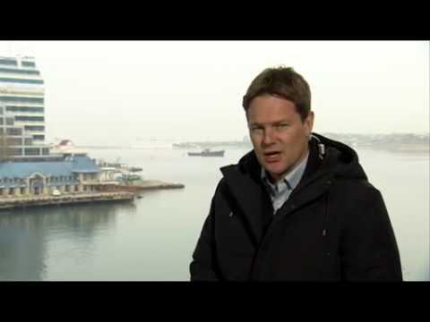 BBC News Ukraine, crisis  Russian ship, blocks Crimean port