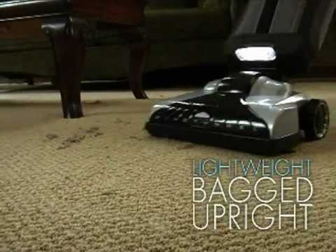 Best Vacuum Cleaner - Hoover Platinum Lightweight Upright Vacuum with Canister Bagged UH30010COM.flv