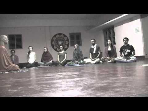 Atmayaan Yoga Ashram OM chanting