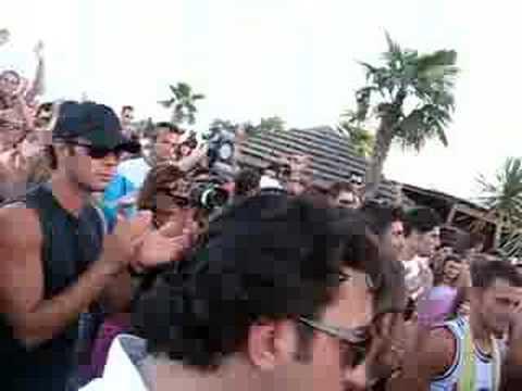 PAPEETE BEACH MILANO MARITTIMA - YouTube