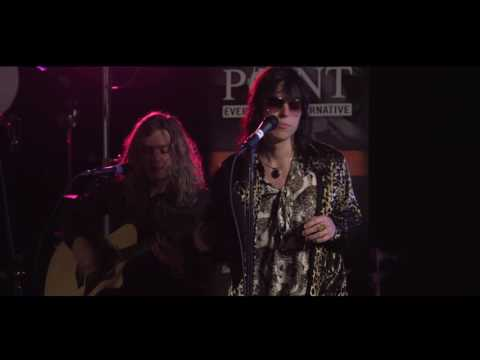 The Struts - Could Have Been Me - LIVE acoustic performance from VAT19
