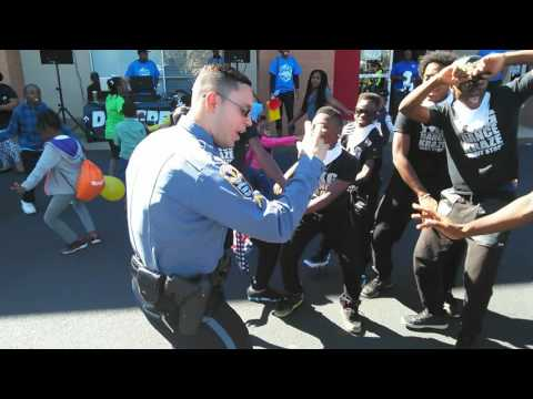 Ga. officer shows his 'Hit the Quan' dance moves