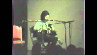 """1984 Andy Irvine """"'Táimse Im' Chodladh' / As I Roved Out"""""""