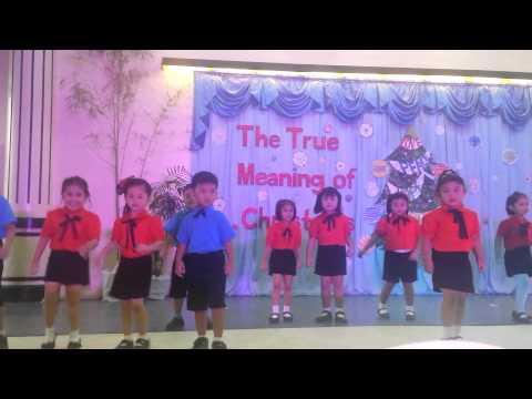 Arkiel xmas presentation in creative dreams school