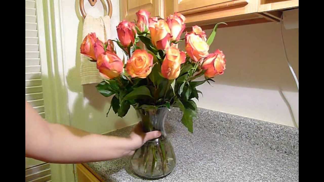 How To Arrange Roses In A Flower Vase