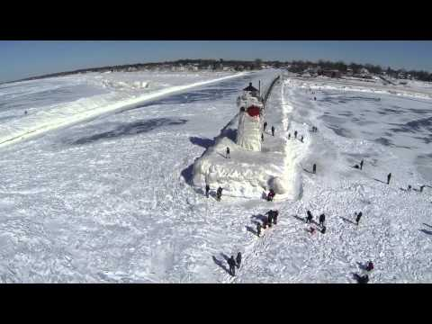 South Haven Lighthouse and Lake Michigan Ice on Feb 28th, 2015