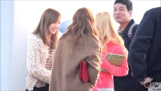 [121122] SNSD Incheon Airport TaengSic Moment