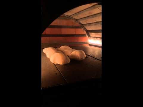 Aroma Express - Fresh arabic bread making