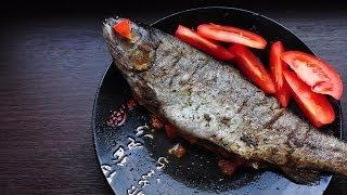 Рыба запеченная в духовке, фаршированная овощами(http://www.youtube.com/watch?v=bxXehJX6uPE Простой и быстрый рецепт приготовления любой рыбы, которая есть под рукой! Целую..., 2013-10-27T11:46:22.000Z)