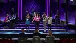 Jennie, Hugo, Niklas, Isabel och Adam i gruppmomentet av Idols slutaudition - Idol Sverige (TV4)