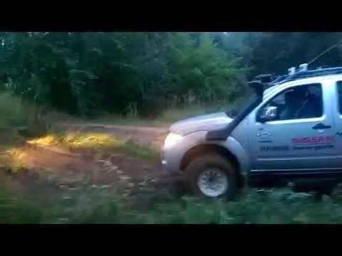 Nissan Navara - Off Road Opposition
