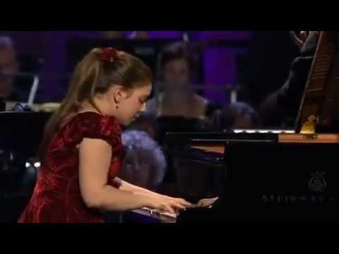 Lara Melda - Saint Saen Piano Concerto no 2