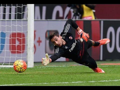 Gianluigi Donnarumma ● Wonderkid Goalkeeper ( Best Saves )● AC Milan ► 2016