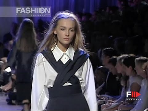 MARC JACOBS Full Show Spring Summer 2006 New York by Fashion Channel