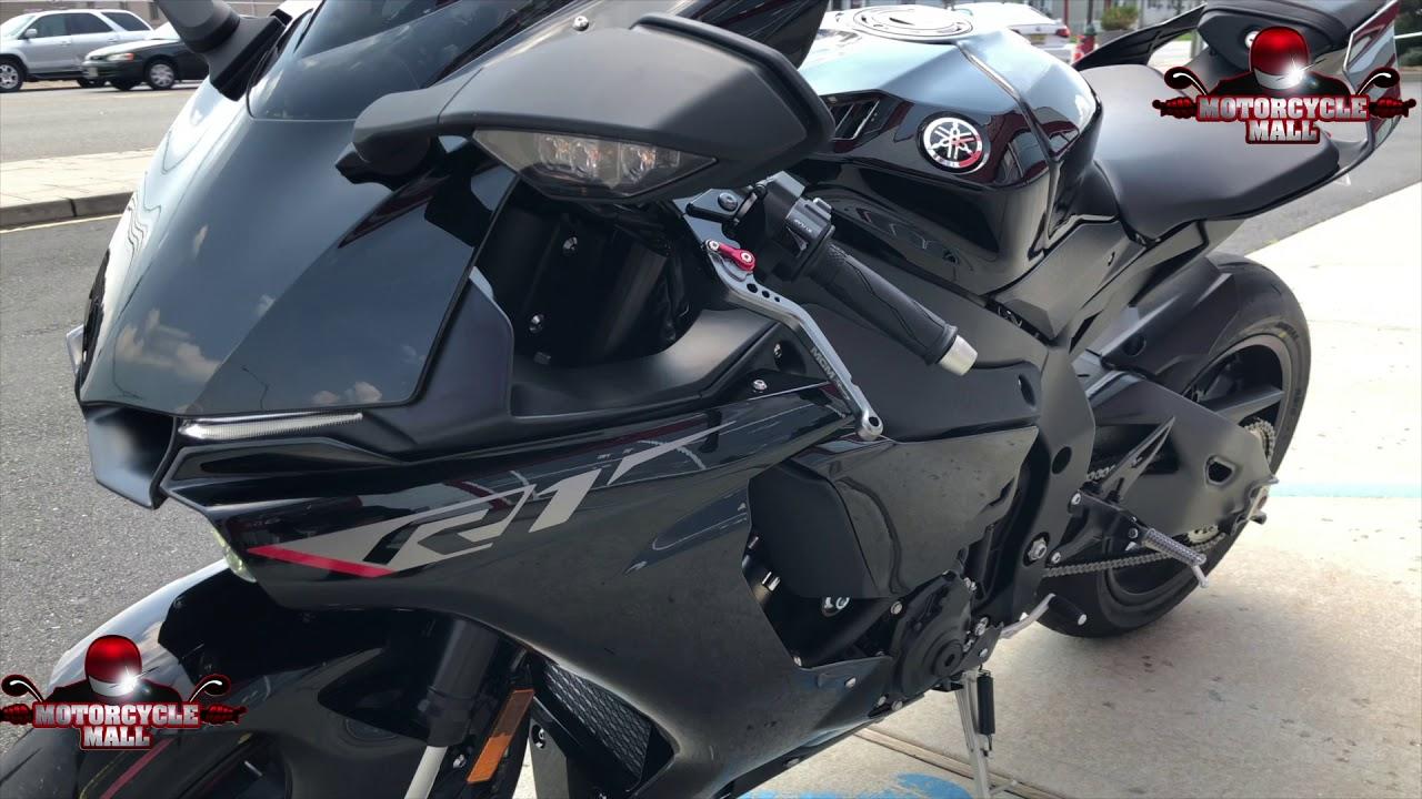 2018 Yamaha R1 Akrapovic 3 4 System