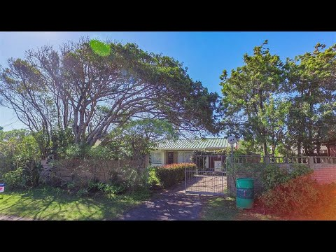 4 Bedroom House for sale in Eastern Cape   East London To The Wild Coast   East London   