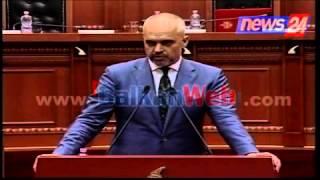 Noka-Ramës: Të iku mbushja e hundës, kryeministri: Ti nuk je as flamur as shkop