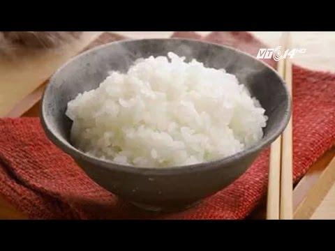 (VTC14)_ Ăn nhiều cơm trắng dễ bị tiểu đường hơn uống nước ngọt?