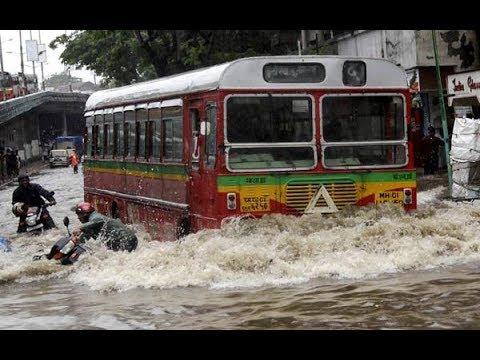 Mumbai in Barish full SANTACRUZ  ( Sawan Aaya)