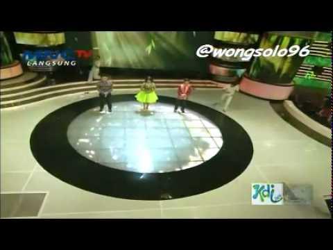 VIVA BRAZIL Capoeira Indonesia in KDI show performance