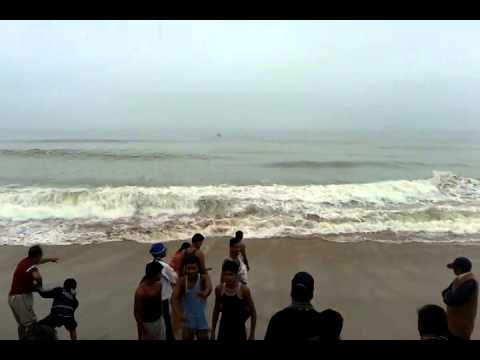 Awesome Waves Of Sea In Puri ,Orissa.