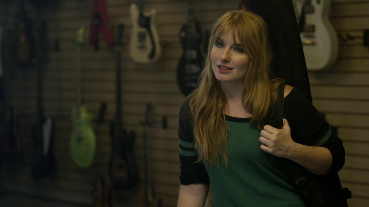 Four Guys At A Guitar Shop - Guitar Distractors