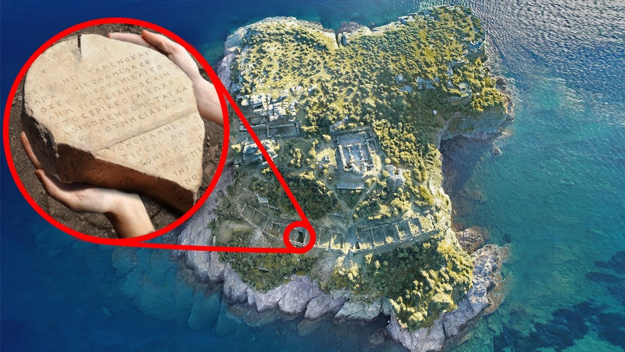 10 Most Incredible Archaeological Treasures Discovered