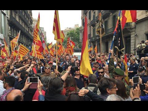 Así visitan los legionarios de Barcelona a Ada Colau
