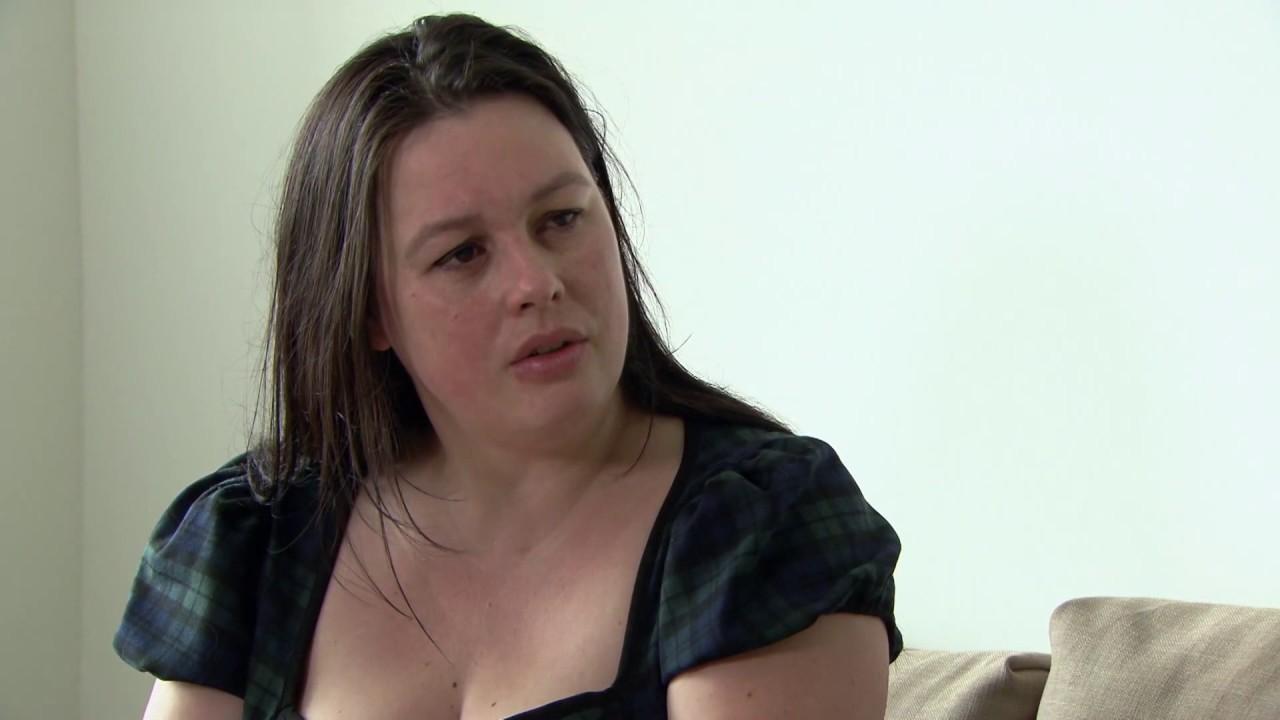 Annabel Nanninga maakt feministes kapot in Nieuwsuur - YouTube