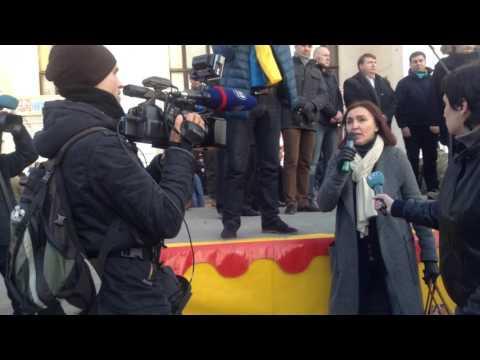 Сторонники блокады на митинге против нее в Мариуполе