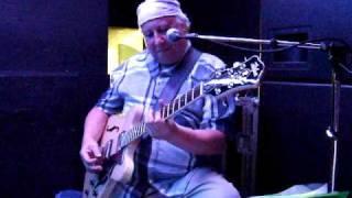 Video Oh Well / Albatross - Peter Green & Friends - Moles Club Bath - September 2009 download MP3, 3GP, MP4, WEBM, AVI, FLV Oktober 2018