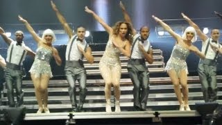 "Jennifer Lopez - ""Get Right"" live in Santiago, Chile"