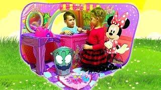 Маруся играет в МАГАЗИН Игрушки toys