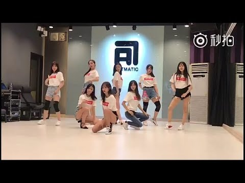 180709 SNH48 Huang Tingting, MoHan,Zhao Yue , Feng XinDuo  - MV Rehearsal scene in South Korea