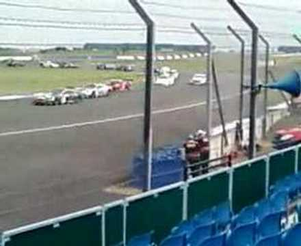 FIRST LAP OF FIA GT3 RACE SILVERSTONE 2007