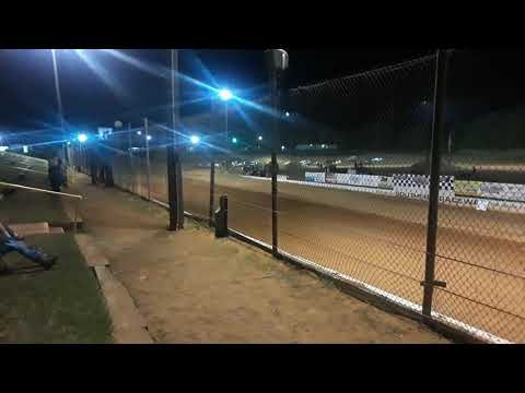Green Flag for Wingless Sprints @ Southern Raceway, Milton