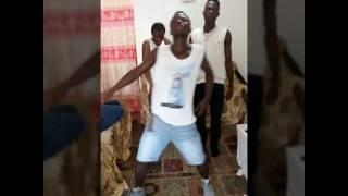 Download Video Porno dance MP3 3GP MP4