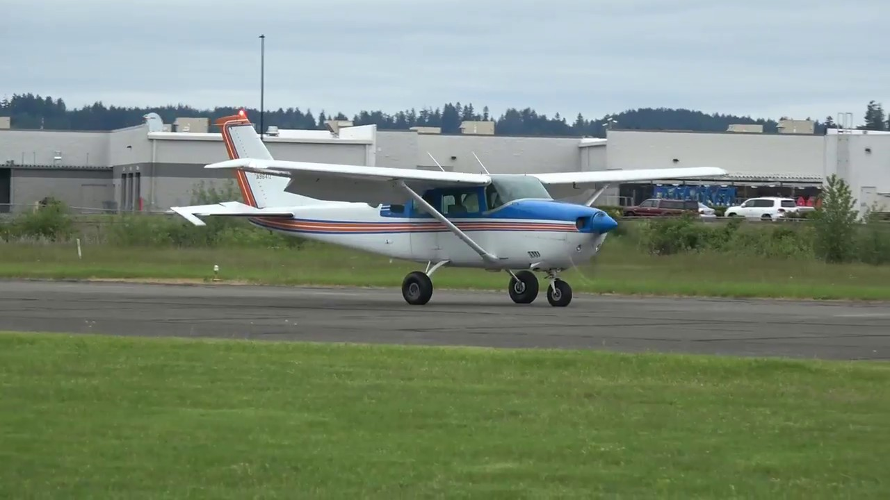 cessna 206 with sportsman STOL take off and landing practice KCLS