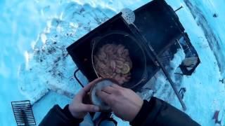 Жареные креветки на мангале