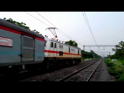 RARE Visitor In Howrah-Barddhaman Mainline | Howrah Rajdhani & Sealdah Rajdhani | INDIAN RAILWAYS..