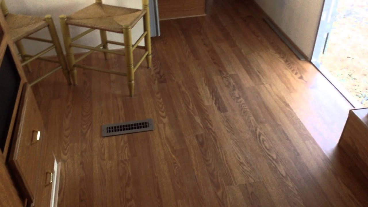 The device of wooden floors in a dwelling