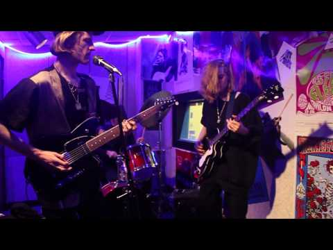Unpaid Internship - ONWE (Live on WTBU)