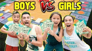 GIANT BOARD GAME CHALLENGE!! WINNER GETS 10,000!!! BOYS VS GIRLS The Royalty Family