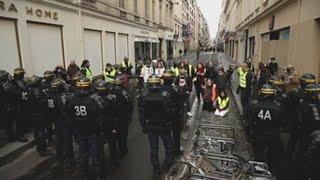 Policía de Francia detiene a unos 1.400